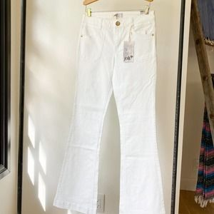 JOLT Nordstrom Juniors White Flared Jeans sz 3